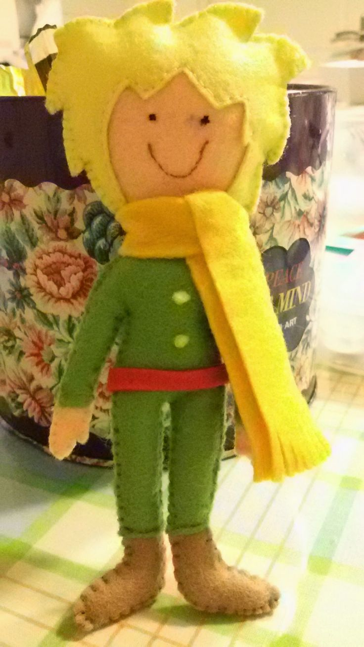 Little Prince-felt miniature doll
