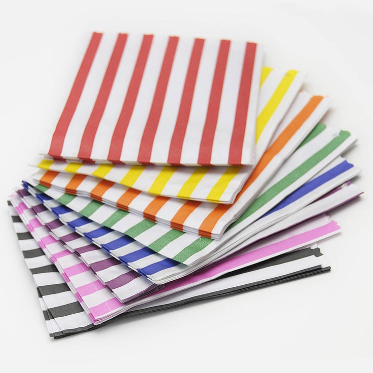 These striped paper party bags by Peach Blossom would be perfect for a seaside themed party. They remind me of deck chairs.