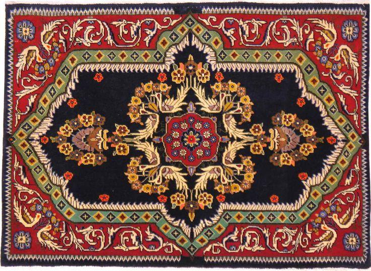 Mejores 105 im genes de alfombras en pinterest alfombras for Alfombras orientales antiguas