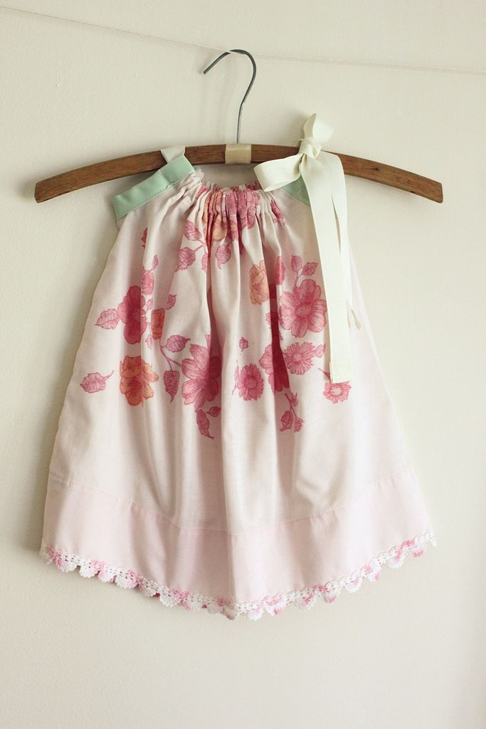 easy to make Pillow Case DressLittle Girls, Pillowcase Dresses, Dresses Tutorials, Dresses Ideas, Pillows Cases Dresses, Ideas Baby'S Kids, Pillow Case Dresses, Baby Dresses, Pillowcases Dresses For