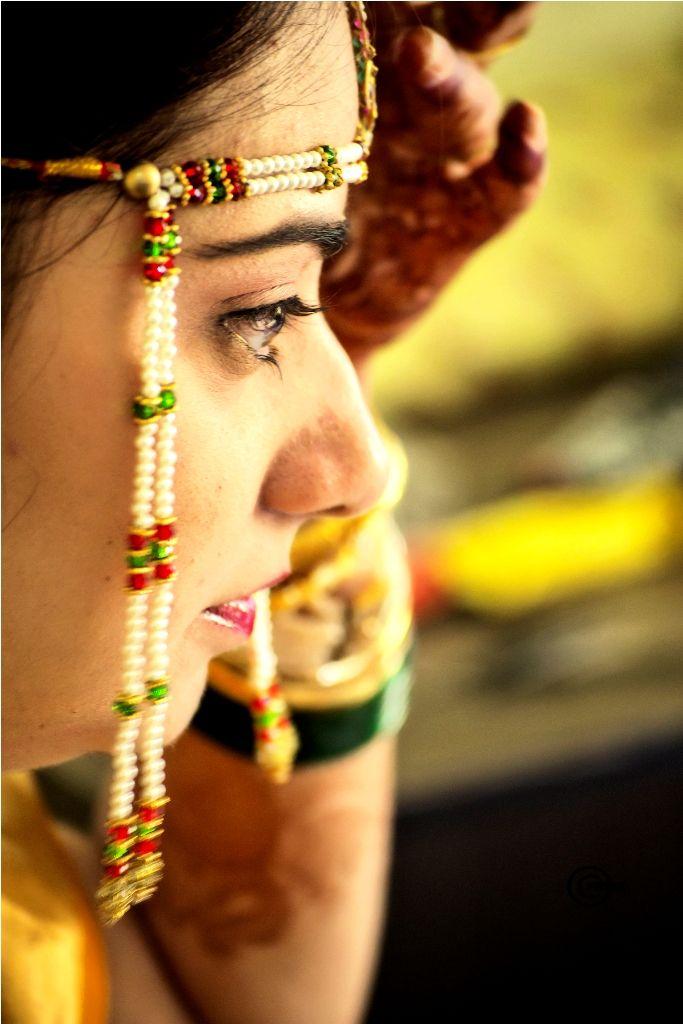 Wedding Storyz - Gorgeous weddings from across continents!: Featuring on I heart you: Vasudha and Amogh Indian Wedding Maharashtrian Marathi Traditional bridal look