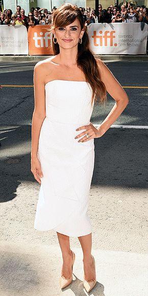 Toronto Film Festival 2015: Penelope Cruz in a white Roland Mouret dress