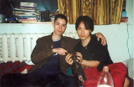 구글플러스에서 과거사진 인증샷 놀이가 한창이라... 예전 사진을 좀 찾아보니... 10년 전 사진이!
