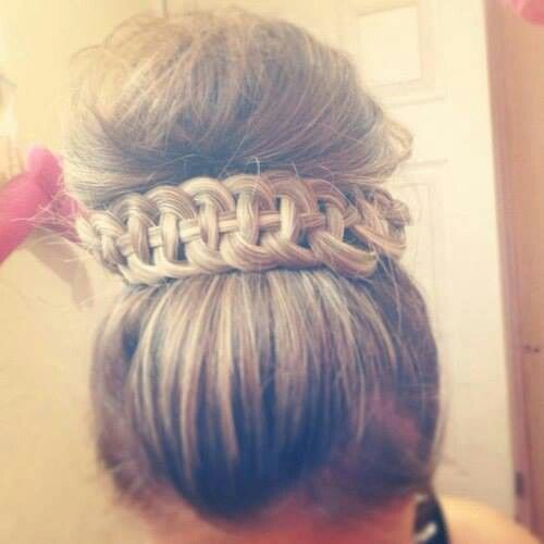 Bun. woah. I wish I could do this Nd pull it off
