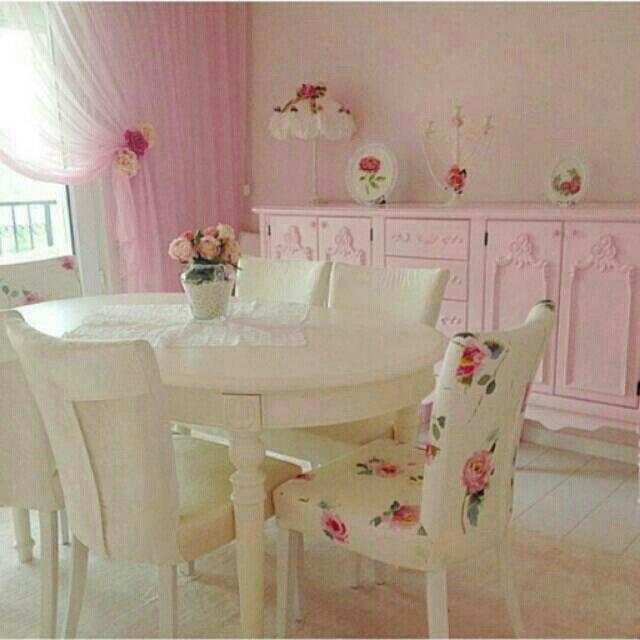 Saya menjual set meja makan shabby seharga Rp7.300.000. Dapatkan produk ini hanya di Shopee! http://shopee.co.id/rodwifurniture/1553282 #ShopeeID
