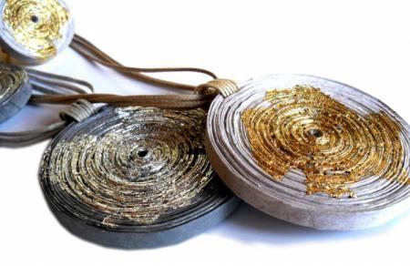 colar de papel colar medalhão klimt papel natural artesanal
