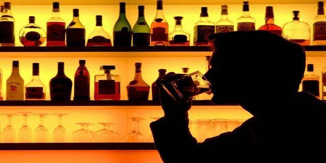 Wow! Alkohol Bisa Bikin Pembuluh Darah Otak Pecah - Indopress, Jakarta – Selain memabukkan, mengkonsumsi minuman beralkohol juga bisa mengakibatkan seseorang mengidap penyakit tertentu bahkan yang tergolong akut. Sekelompok ilmuwan di Karolinska Institute, Swedia dan University of Cambridge, Inggris …