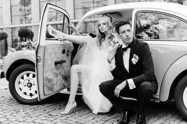 Don't you think that breaking the rules is a good way to have an awesome wedding memories? . Pomysł inspiracja & organizacja: @wedding_poland& @wedding_sweetjuliet Lokalizacja: @amberroomrestaurant Zdjęcia: @jamstudiopl Aranżacja dekoracja florystyka:@florist_irinazasorina Papeteria:@wedding_poland Stylizacja: @elle.cari Modele: @mosiaaa& @adammichalthompson Suknia: @laurellefashion Strój męski: @SalonDyplomata Słodkości tort:@amberroomrestaurant Make-up: @korol.julii Fryzura&akcesoria do…
