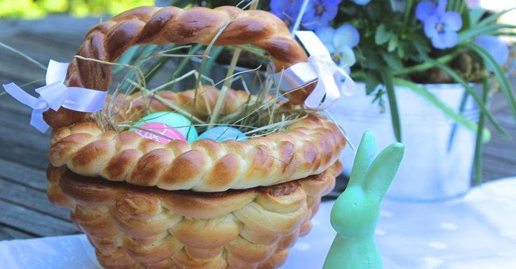 Osterkorb aus Hefeteig backen - Backen und Flechten mit Kindern zu Ostern - Hefeteig flechten - Osterkorb flechten