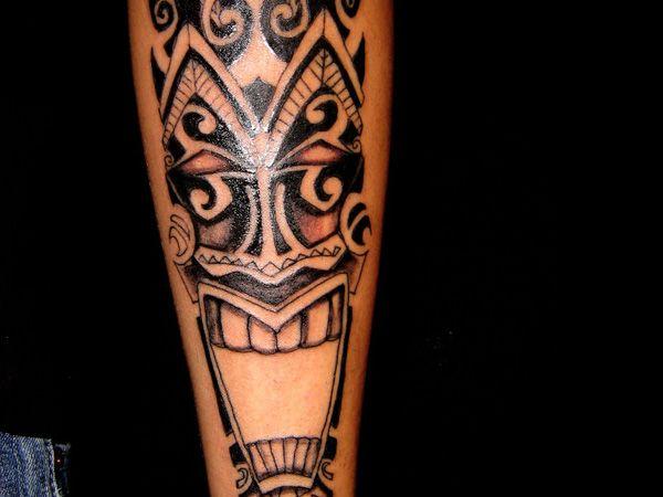 1000 ideas about tiki tattoo on pinterest tattoos palm tree tattoos and bridge piercing. Black Bedroom Furniture Sets. Home Design Ideas