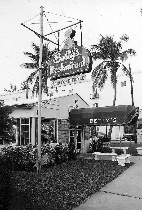 Dine at Betty's Restaurant - they've got air conditioning! 1946 Florida