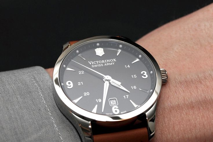 PROFESSIONAL WATCHES: The Victorinox Alliance, Swiss Made for under Five Hundred