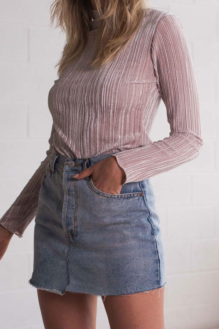 Zoe Top - Blush Velvet – Style Addict