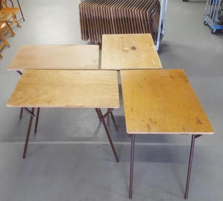 14 x vintage cafe tafels, horeca klaptafel hout 60x90  187