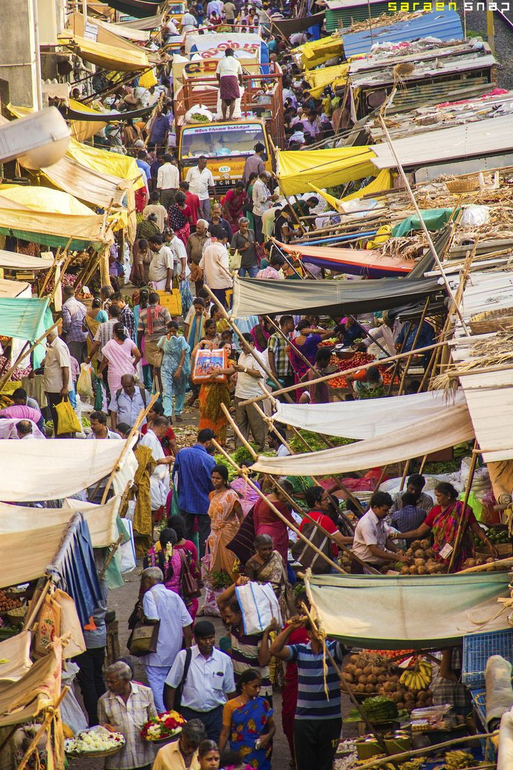INDIA: Mambalam market, Chennai, India - - - crowds, action, colors and smells