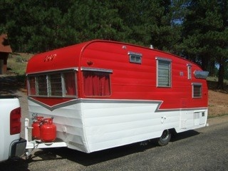 Vintage Travel Trailers for Sale   Sisters on the Fly ...