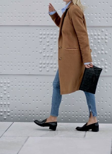 camel coat, skinny jeans & loafers #style #fashion