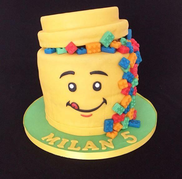 Op zoek naar een gave LEGO® taart voor de verjaardag van je kind? Wij lieten deze maken. Ik vertel je er alles over!