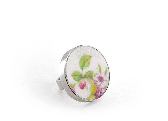 Hand-made ring crafted from an antique china dish. This ring is 1in diam (27 mm) that is why this piece will stand out in your hand, due to its size and thanks to the beautiful colors of china. This ring is ready to ship. Please allow 3 days to adjust the silver mounting to your size.