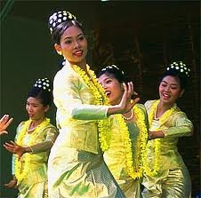mayanmar dance 4