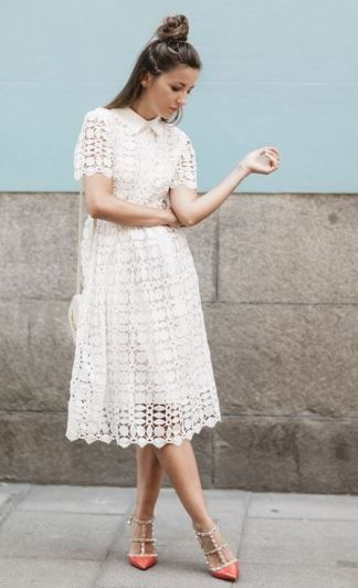 Collared lace dresses are such cute white dresses!