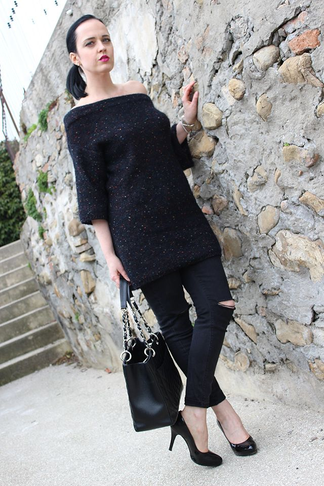 Chanel borse, scarpe col tacco, jeans skinny, Louboutin pumps