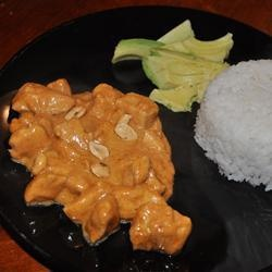 Thai Massaman Curry for the slow cooker! Definitely will be trying this recipe, only with fried tofu instead of beef.