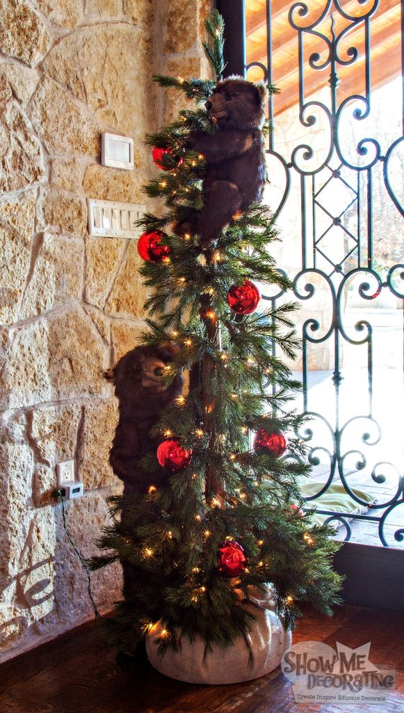 Christmas Tree with Bears  #ShowMeDecorating #CountryChristmas #christmasbears