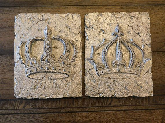Set Of 2 Crown Wall Plaques Wall Crown Wall Decor Royal King Etsy Crown Wall Decor Wall Plaques Farmhouse Wall Art