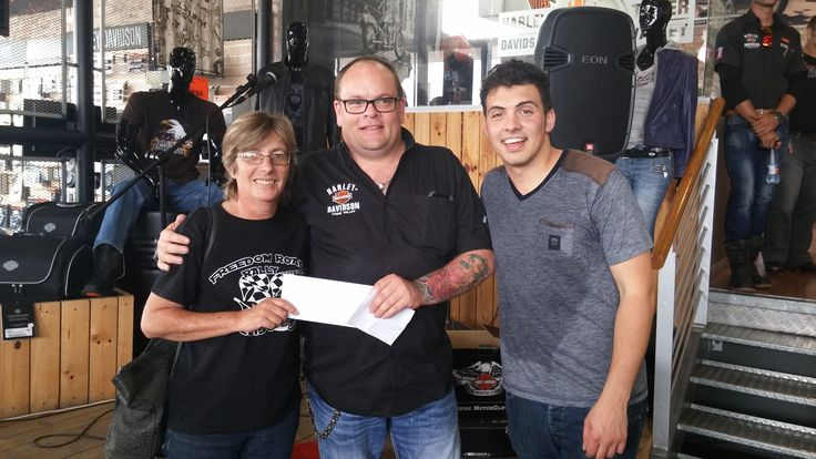 One of the R5000 voucher winners with our Dealer Principal & Loki Rothman