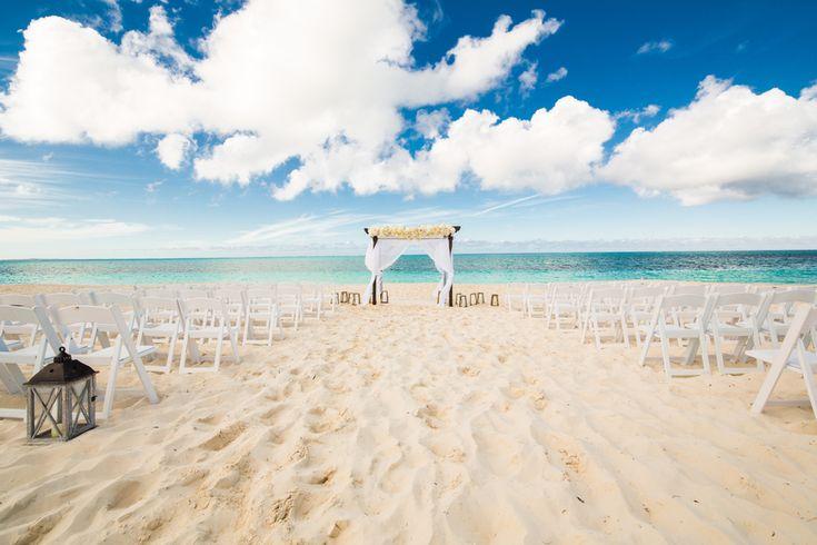 Dreamy beach wedding in the Turks and Caicos