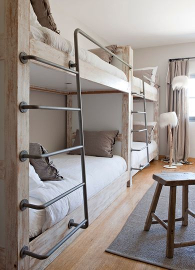 Un dortoir esprit nature. Plus de photos sur Côté Maison http://petitlien.fr/7nrv