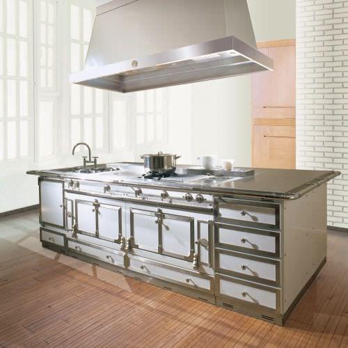 Cucina moderna / in metallo / con isola SAVOIR-FAIRE LA CORNUE