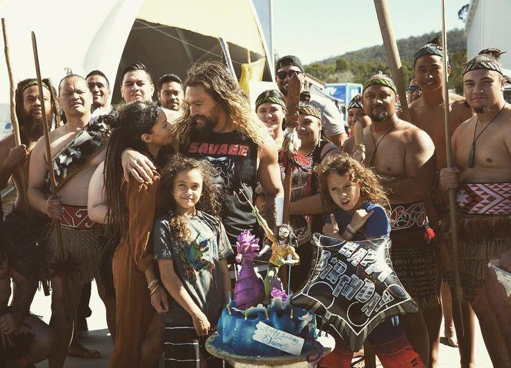 Lisa Bonet y Jason Momoa con su hijos, 38 cumpleaños de Jason, 08/2017