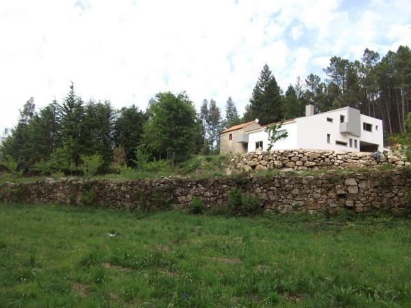 Casa, Aluguer de Férias em Oliveira de Frades Reserve e Alugue - 5 Quarto(s), 5.0 Casa(s) de Banho, Para 6 Pessoas - NICE FARMHOUSE IN A LOVELY FOREST SCENERY
