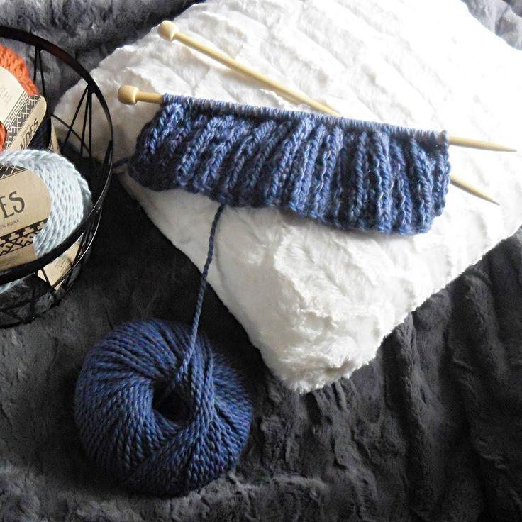 #knittinginprogress #knitting #knittstagram #knittedhat #hat  #knittedbeanie #czapka #drops #dropsandes #cozyautumn #GawraStefana