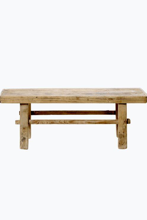"""Soffbord av Alm, återvunnet trä. Varje soffbord är unikt och varierar i storlek mellan 38-43 x 110-120 cm, höjd 35 cm. Monterat. Fraktvikt 45 kg. Läs om Fraktvikt under fliken """"Leverans"""". <br><br>"""