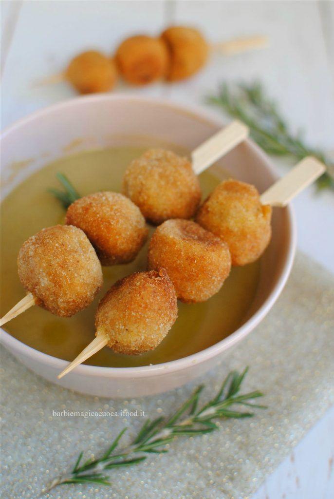 Polpette_di_baccalà_su_crema_di_ceci_fingerfood