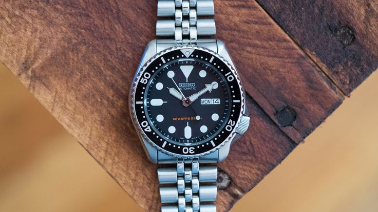 Really appreciative of HODINKEE reviewing watches us peasents can actually afford (*cough cough* ABTW). Keep up the great work, guys!  HODINKEE: The Value Proposition - The Seiko SKX007 Diver's Watch