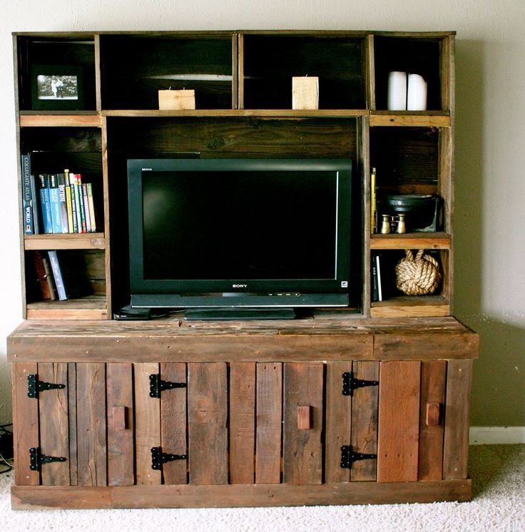 Pallet Project - Pallet Entertainment Center