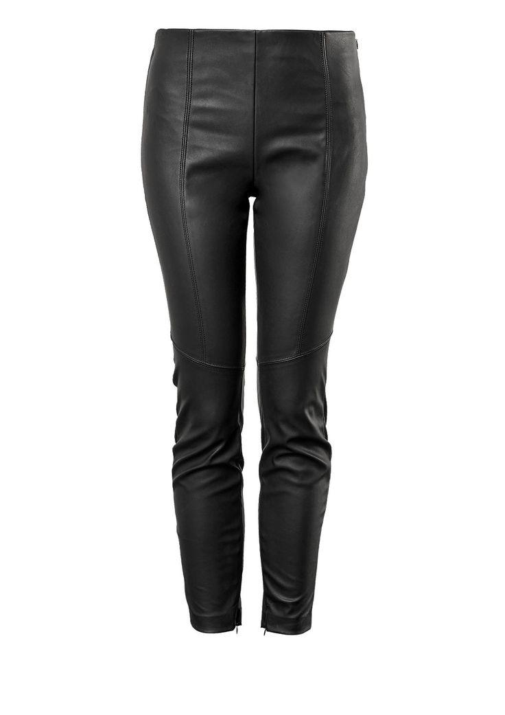 Stretchige Kunstleder-Leggings von Q/S. Entdecke jetzt topaktuelle Mode für Damen, Herren und Kinder und bestelle online.