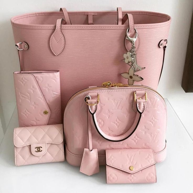 Girls's purses. For almost all of ladies, getting an genuine designer bag i…