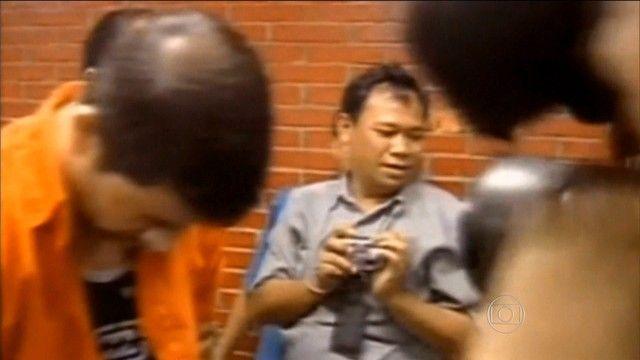Indonésia convoca família de brasileiro a comparecer a presídio Rodrigo Gularte foi condenado à morte por tentar entrar na Indonésia com seis quilos de cocaína. O horário do fuzilamento não foi divulgado oficialmente.