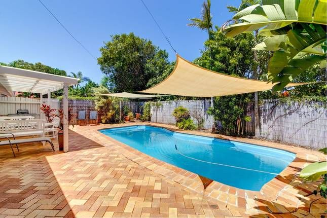 Noosa Heads quiet, heated pool,, a Noosa Heads House   Stayz