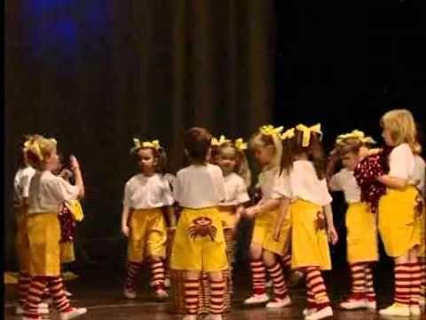 Mateřinka 2011 MŠ Beruška Chlumec nad Cidlinou - YouTube