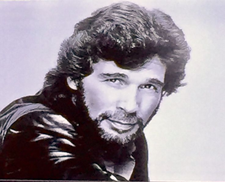 Eddie Rabbitt! 1st Country Show I got to see. I was 15.