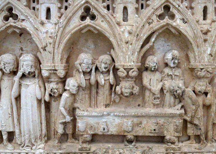 Sepulcro de un nieto de Alfonso Téllez de Meneses. Entierro del caballero y dolientes. Santa María de Palazuelos, Valladolid