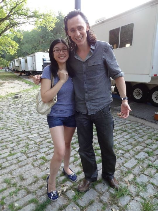 Read this girl's meeting of Tom and how nice he is then you'll be a fan girl too!    http://ohnotheydidnt.livejournal.com/62439536.html#ixzz26DDpTeeI