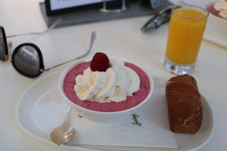 Recept : Bircher Muesli a la Sprüngli. Helemaal gezond, lekker en makkelijk ontbijt om snel af te vallen.