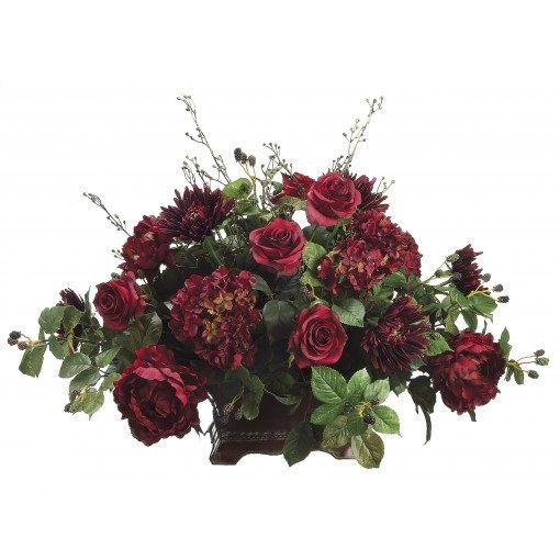 This is our go-to-decoration for every meeting, dinner party, everyday fresh display etc. They flowers are just stunning! #Roses #Mum #Hydrangea #Raspberry #Burgundy #Wine